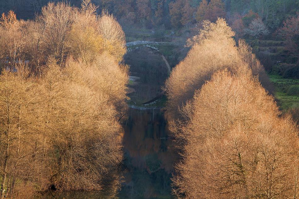 Paisagem de outono na Aldeia de Montanha Alvoco das Várzeas
